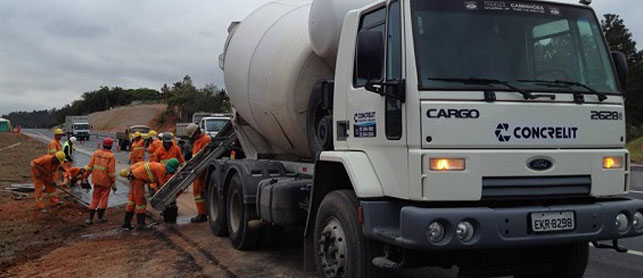 Concrelit: Locação de Caminhão Betoneira com Assistência Técnica Móvel