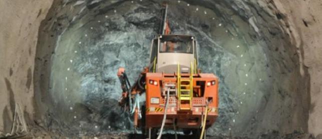Túnel do Contorno da Nova Tamoios, no litoral Norte de São Paulo, já está com o primeiro quilômetro escavado